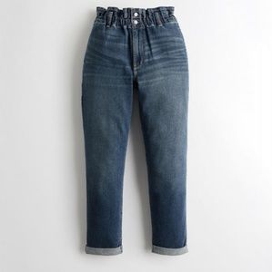Nwt Womens Hollister Ultra High Rise Mom Jeans  ♦️